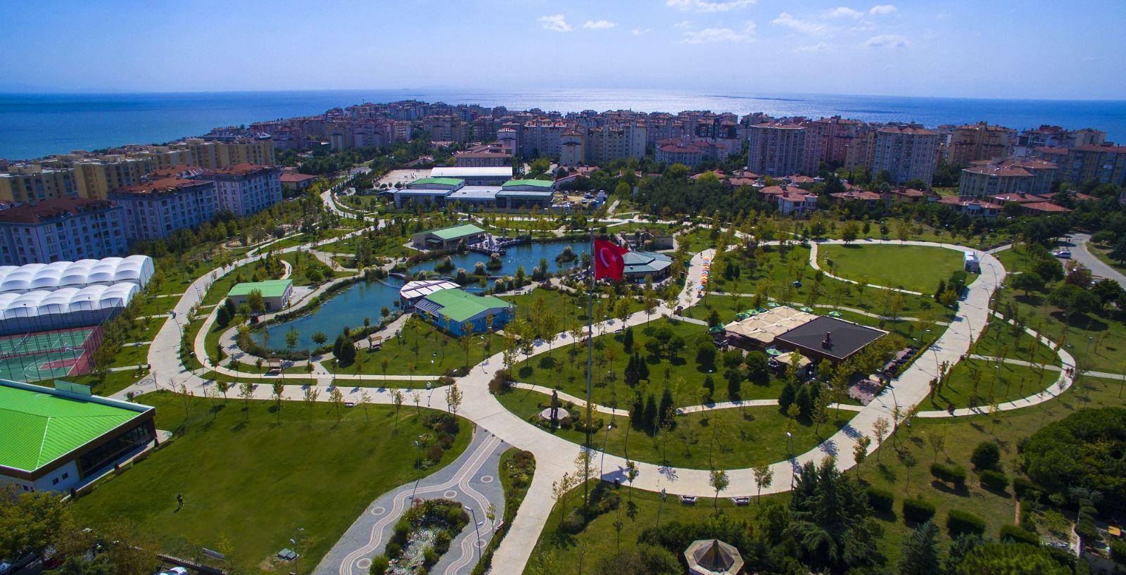 Büyük Atatürk Parkı